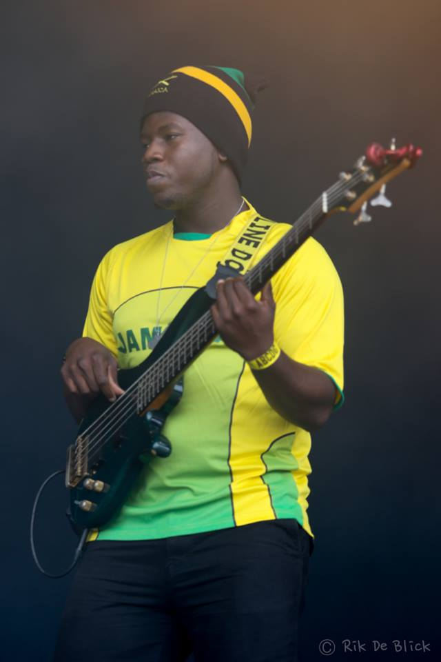 geel-2